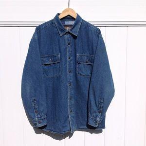 Levi's denim/jean medium wash shacket sz L